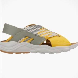 Nike Air Huarache Run Ultra Sandal  $100 NWT